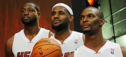 La caccia al trio dei Miami Heat si è finalmente riaperta!
