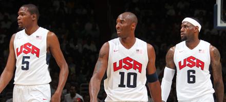 Menzione d'onore per l'oro di Team USA ai Giochi di Londra. Kobe tra i due finalisti di giugno, KD e LeBron