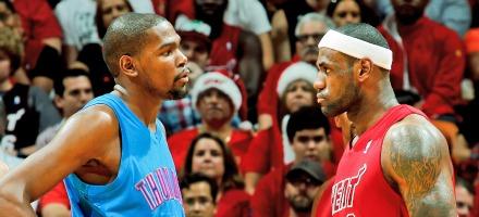 Indiscutibilmente, i 2 più forti giocatori del momento: Kevin Durant e Lebron James