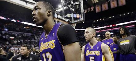 Con Kobe costretto a casa su Twitter non ci sono molte speranze per Howard e compagni