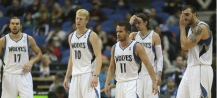 E' stata un'annata difficile per i Timberwolves, colpiti da una serie infinita di infortuni grandi e piccoli...