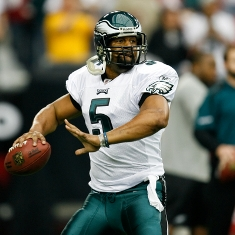 Donovan-McNabb-throwing