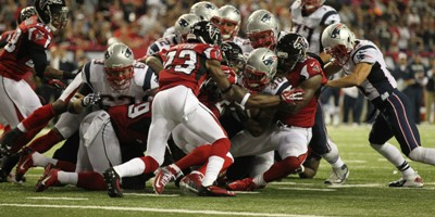 patriots-falcons-football-brandon-bolden_pg_600