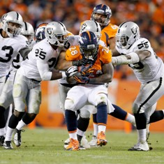 raiders-broncos-football-montee-ball_pg_600