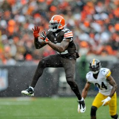 Steelers-Browns-Footb_News-7
