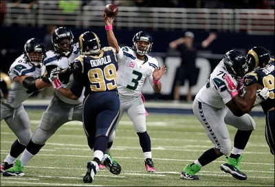 141019_c_Seahawks_Rams_Football___12