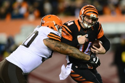 andy-dalton-billy-winn-nfl-cleveland-browns-cincinnati-bengals1