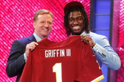 griffin-allen-rg3-draftday-ap-718kb_606