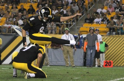 brad-wing-josh-scobee-nfl-preseason-carolina-panthers-pittsburgh-steelers-850x560
