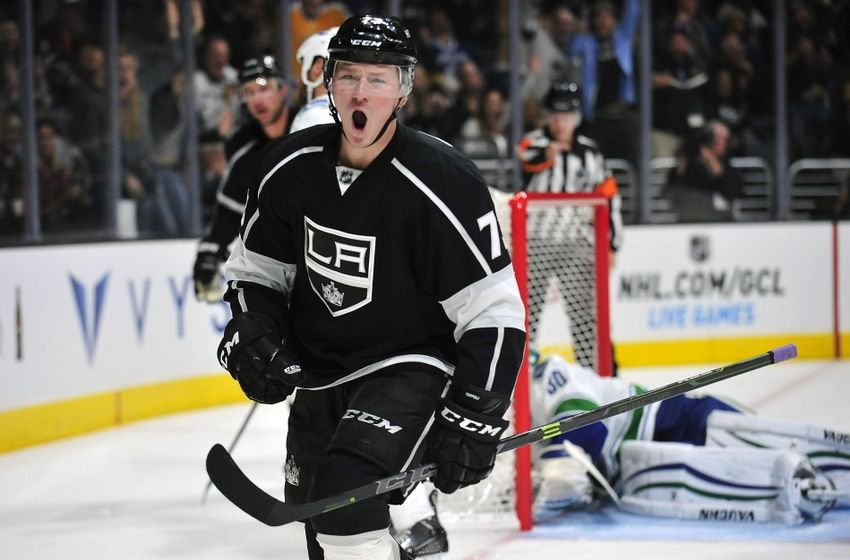 tyler-toffoli-nhl-vancouver-canucks-los-angeles-kings-850x560