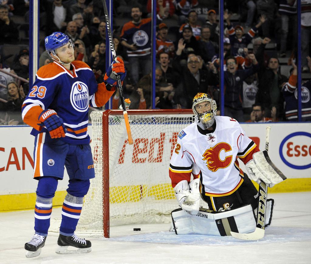 Calgary+Flames+v+Edmonton+Oilers+HkSEcAekPGxx
