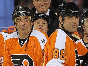 111914-leclair-lindros-600