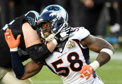 mike-remmers-von-miller-nfl-super-bowl-50-carolina-panthers-vs-denver-broncos-850x560