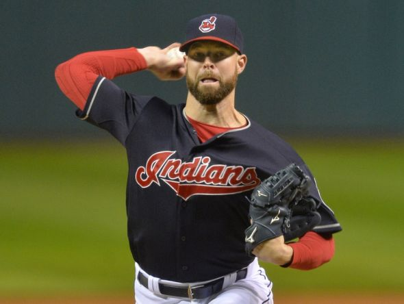 corey-kluber-mlb-boston-red-sox-cleveland-indians-590x900