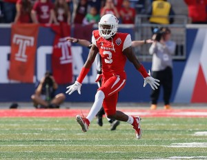 HOUSTON, TX - DECEMBER 05:  William Jackson III #3 of the Houston Cougars celebrates after a defensive stop against the Temple Owls at TDECU Stadium on December 5, 2015 in Houston, Texas. Houston won 24-13 to win the AAC Championship over the Temple Owls.  (Photo by Bob Levey/Getty Images)