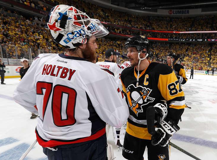 I sogni dei Caps finiscono contro i Penguins, quelli di Pittsburgh iniziano ora