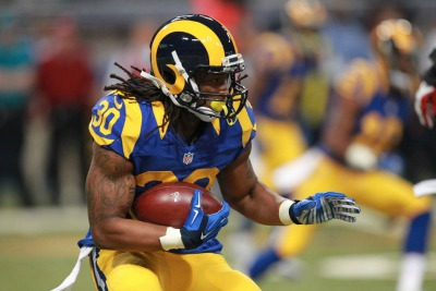 Los-Angeles-Rams-Todd-Gurley-named-PFWA-Offensive-Rookie-of-the-Year