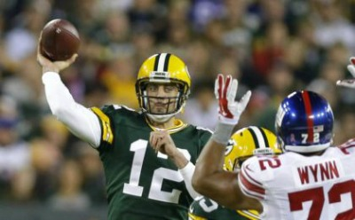 9599688-aaron-rodgers-nfl-new-york-giants-green-bay-packers-420x260