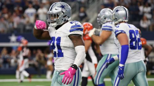 Feed him: Ezekiel Elliott (numero 21) sa bene come condurre i Cowboys al successo.