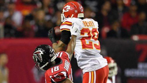Berry (numero 29) è risultato ancora una volta decisivo per i Chiefs: questa volta però ci è riuscito proprio nel luogo dove è nato e cresciuto, Atlanta.